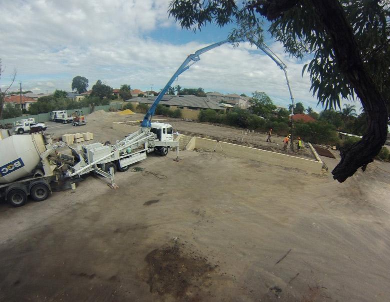 Re-Construction2